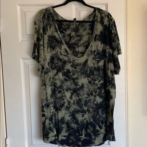 Torrid green and black T-shirt